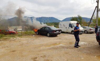 Banorët në alarm, shpërthen në flakë makina në Tiranë
