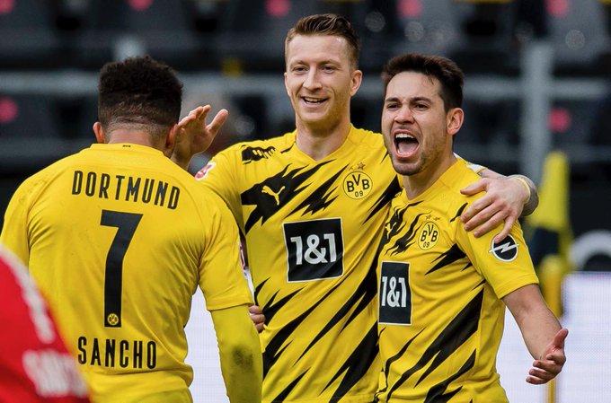 Dortmundi mposht Leipzig dhe kurorëzon kampion Bayernin (VIDEO)