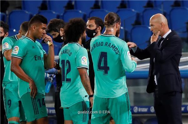 Plas te Reali, lojtarët kundër Zidane, përjashtohet ylli i ekipit