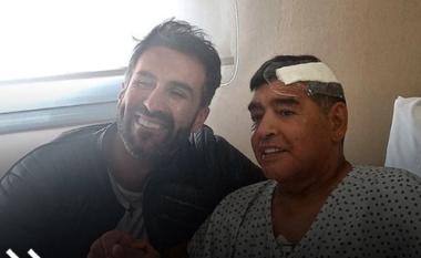Del ekspertiza mjekësore, Maradona u la për 12 orë në mëshirë të fatit