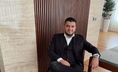 """Ermal Fejzullahu tregon sa pasaporta ka dhe i """"shokoi"""" të gjithë"""