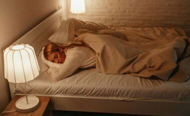 Pse nuk duhet ta mbyllni derën e dhomës së gjumit kur flini