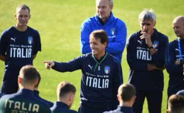 EURO 2020/ Futbollistët e Italisë i nënshtrohen vaksinimit, mungon ylli i Romës