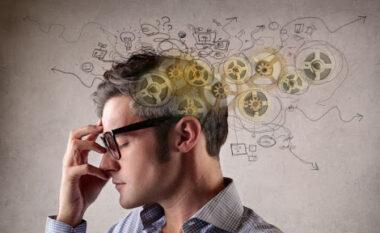 Gjashtë karakteristika të njerëzve inteligjentë. A i gjeni tek vetja?