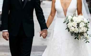 Ligji i çuditshëm: Gjobë për prindërit që nuk martojnë fëmijët deri në 18-vjeç