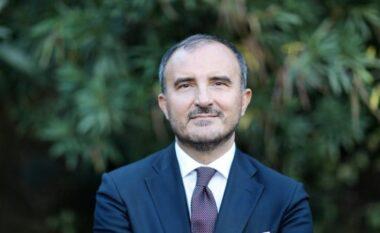 BE hoqi zyrtarisht kufizimet e udhëtimeve për shqiptarët, reagon Soreca