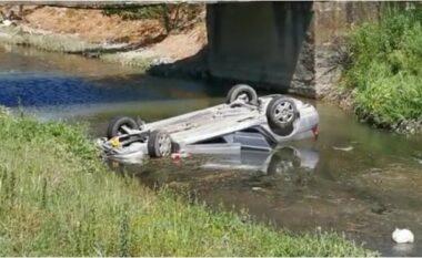 Aksident tragjik në Lezhë: Makina përfundon në kanalin me ujë, 2 të vdekur