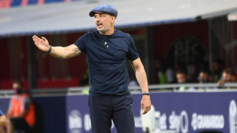 Mihajlovic ironizon Juven: Nëse e vendosin ndeshjen të hënën ua japim fitoren 3-0 në tavolinë dhe ikim me pushime