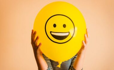 Mos e ëndërro lumturinë, ja disa mënyra si të punosh për ta arritur