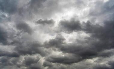 Java nis me vranësira, zonat ku priten reshje shiu sot