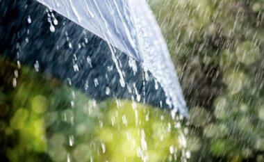 Ulje temperaturash dhe shi, si do të jetë moti sot