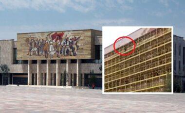 E FUNDIT/ Një person hip në skelat e Muzeut në qendër, kërcënon se do të hidhet