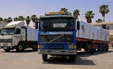Konflikti Izraelo-Palestinez: Mbërrijnë ndihma në Gaza ndërsa armëpushimi vazhdon