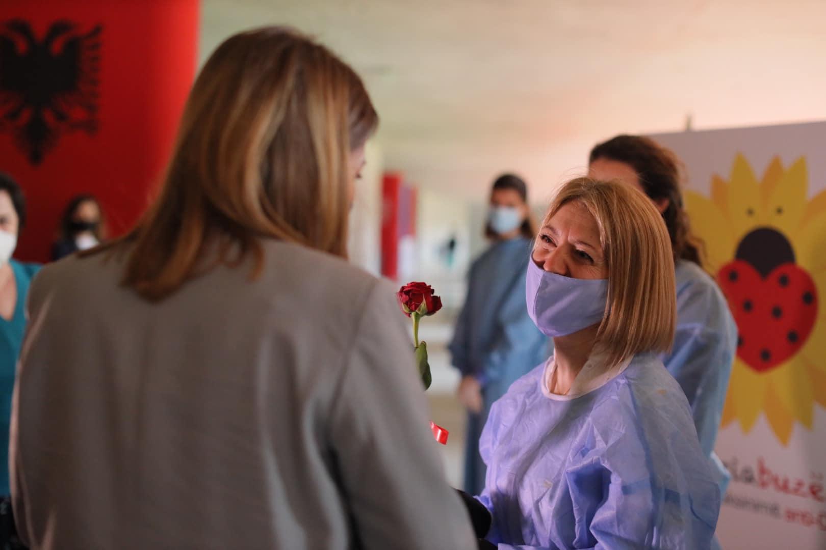 Manastirliu: 129 mijë qytetarë janë vaksinuar me të dy dozat