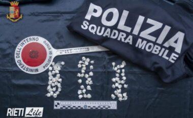 Kërcënoi me jetë policin, në pranga 24 vjeçari shqiptar për trafik droge
