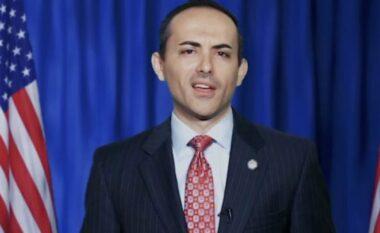 Kush është i riu shqiptar që u zgjodh anëtar i Dhomës së Përfaqësuesve në shtetin e Floridës