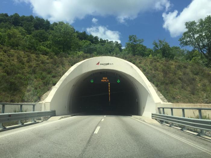 Ndryshon trafiku në Tunelin e Krrabës, si do të bëhet qarkullimi i mjeteve për një muaj