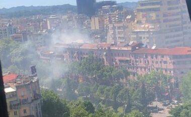 Çfarë po digjet? Tirana mbulohet nga tymi, frikësohen banorët