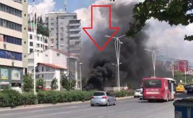 Koshat në flakë! Tymi i zi pushton Tiranën, zjarrëfikëset nuk duken gjëkundi (VIDEO)