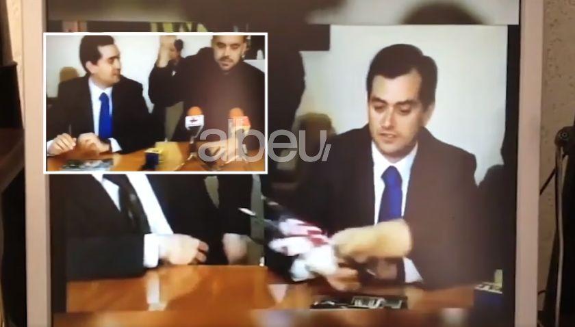 Publikohet videoja e Ramës ku hedh tutje flamurin amerikan: Hiqe mo këtë! (VIDEO)