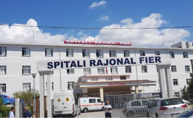 U merrnin lekë qytetarëve pas vizitave mjekësore, arrestohen 2 mjekët në Fier