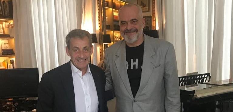 Rama takon presidentin Sarkozy në shtëpi, zbulon qëllimin e vizitës në Paris