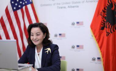 Ambasadorja Kim takim me udhëheqësit e diasporës shqiptaro-amerikane
