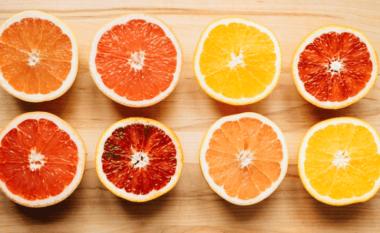 5 ushqime që ju shpëtojnë nga aroma e keqe e gojës!