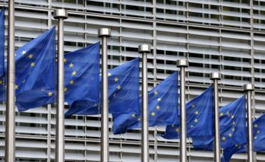 Zhgënjim në BE për moshapjen e negociatave me Shqipërinë dhe Maqedoninë e Veriut
