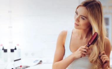 Çfarë i bën flokët me yndyrë dhe si ta trajtoni këtë problem