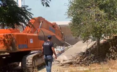 Ndërtimet pa leje, IKMT shemb hotelin dy katësh në Manastir