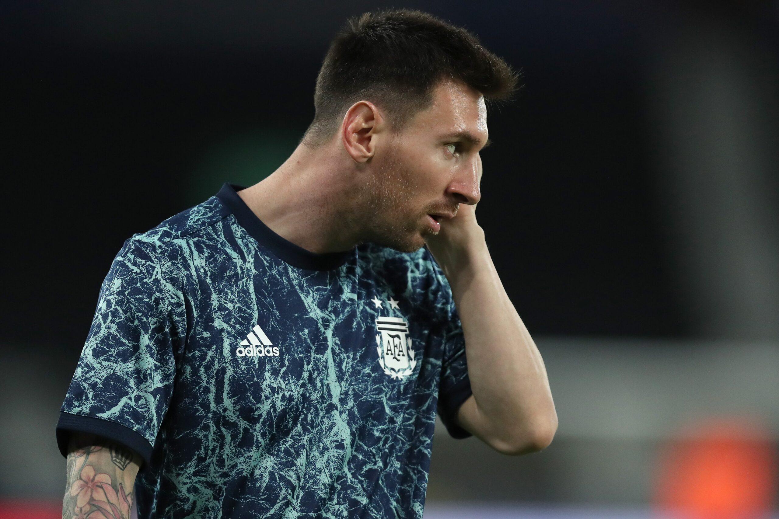 Mos e humbisni: Çfarë supergoli nga Messi, Argjentina ndëshkon Kilin (VIDEO)