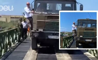 Rindërtohet ura e Darëzezës, deputeti socialist e teston me kamionin e ushtrisë (VIDEO)