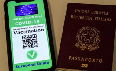 """Mund të lëvizin lirshëm nga 1 korriku, Italia miraton pasaportën """"jeshile"""""""