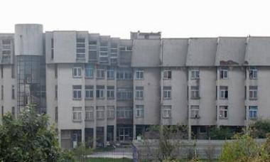 Pacienti dhunon rëndë infermierin në Spitalin Psikiatrik të Shkodrës