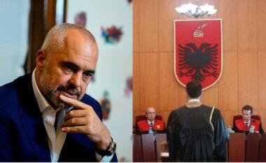 Kushtetuesja rrëzon Ramën, shfuqizon vendimin e tij për kryebashkiakut të Vaut të Dejës