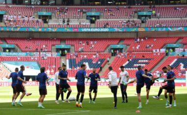 Wembley, tifozi bie nga shkallët e stadiumit: Eshtë në gjendje të rëndë