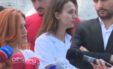 1 mijë specializantë të papunë pas COVID-19, mjekët dalin masivisht në protestë: Të pezullohet vendimi!