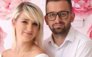 Ndodh edhe kjo! Erion Isai tregon si u martua pa ditur asgjë, nusja i shkoi në zyrë me fustan të bardhë