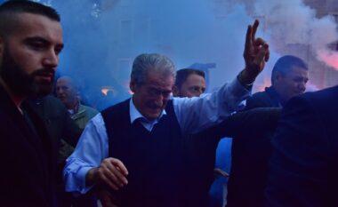 """PD në """"rënie të lirë"""", Berisha rikujton fjalimin e tij para demokratëve: Do jem njëri prej jush! (VIDEO)"""