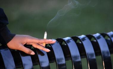 Ky është vendi i parë në Evropë që ndalon cigaren edhe në ambientet e jashtme