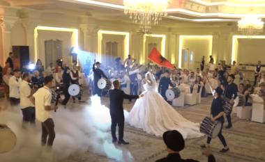 Lejohen dasmat edhe në ambientet e mbyllura