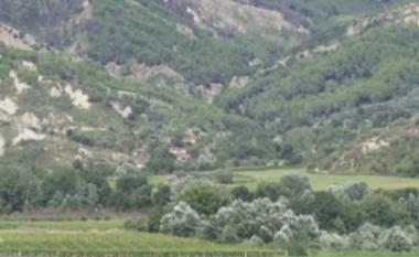 Ky është fshati shqiptar që nuk shkon asnjë nuse, meshkujt kanë mbetur beqarë