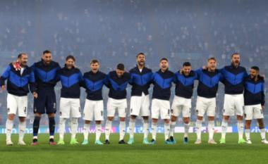 Emocione pa fund, shikoni si e këndojnë himnin futbollistët italianë (VIDEO)