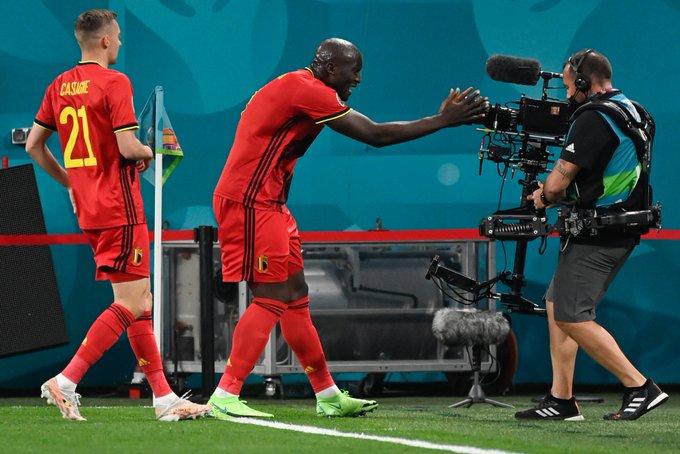 """EURO 2020/ Belgjika tregon """"dhëmbët"""" në ndeshjen e parë, mposht pastër Rusinë (VIDEO)"""