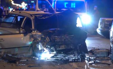 Detaje nga aksidenti i mbrëmshëm në Shkup: Dy të vdekur, një person i arrestuar, pesë makina të përfshira