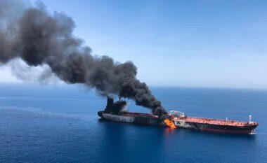 Fundoset anija me e madhe e marinës së Iranit