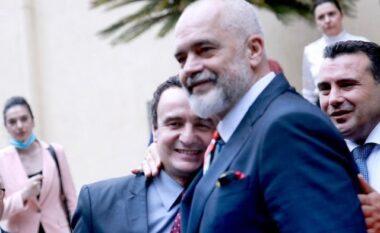 """Fotoja Rama-Kurti bëri xhiron e rrjetit, Abazi: Nuk ishte vëllazërore, por """"përplasje"""" boksierësh"""