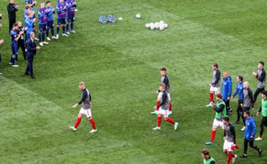Rinis ndeshja mes Danimarkës dhe Finlandës