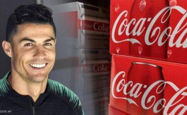 E kanë bërë rrugë, UEFA paralajmëron federatat: Gjobë nëse hiqen pijet nga tavolina e konferencave